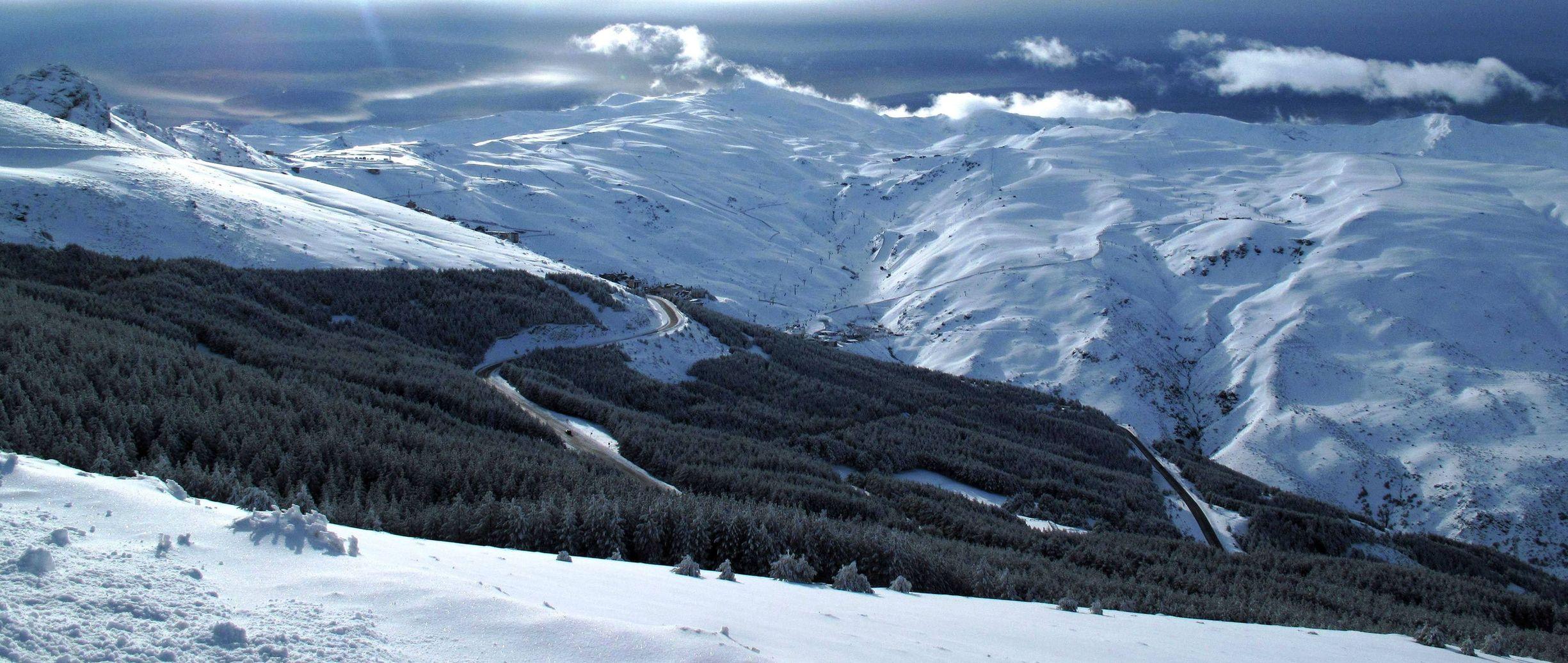 Sierra Nevada es una de las cordilleras que viene cada poco al recorrido de la Vuelta a España