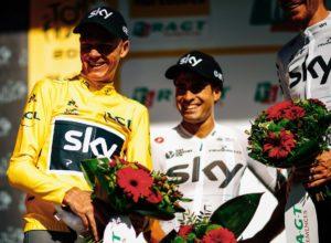 Landa con Froome en el podio del Tour