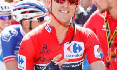 Ruben Fernandez como lider de la Vuelta en Movistar