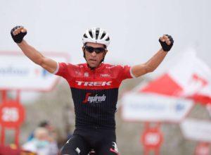 Alberto Contador gana en el Angliru
