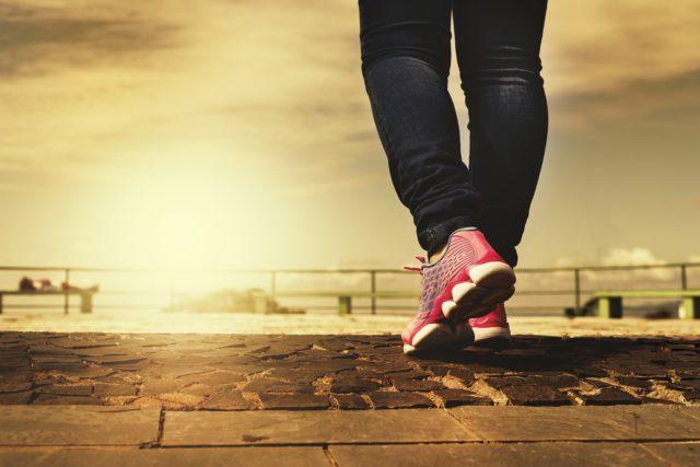 Piernas casnsadas en el ejercicio y el ciclismo