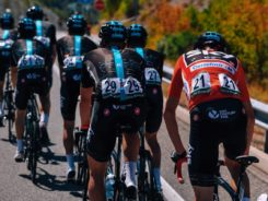 El Team Sky trabaja para Froome durante la Vuelta a España