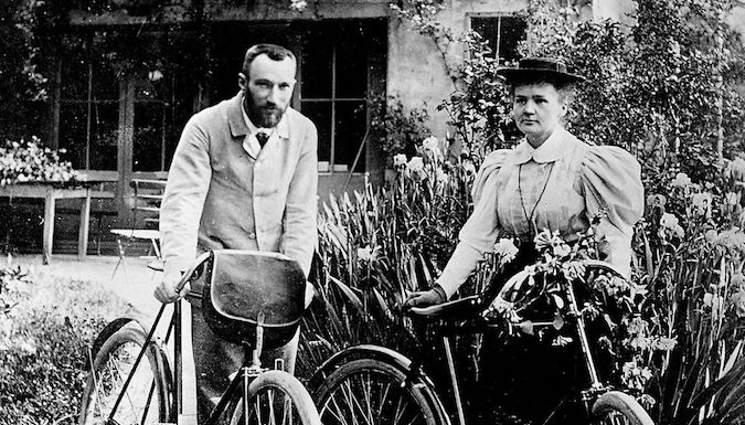 Ciclistas pioneras Maria Curie JoanSeguidor