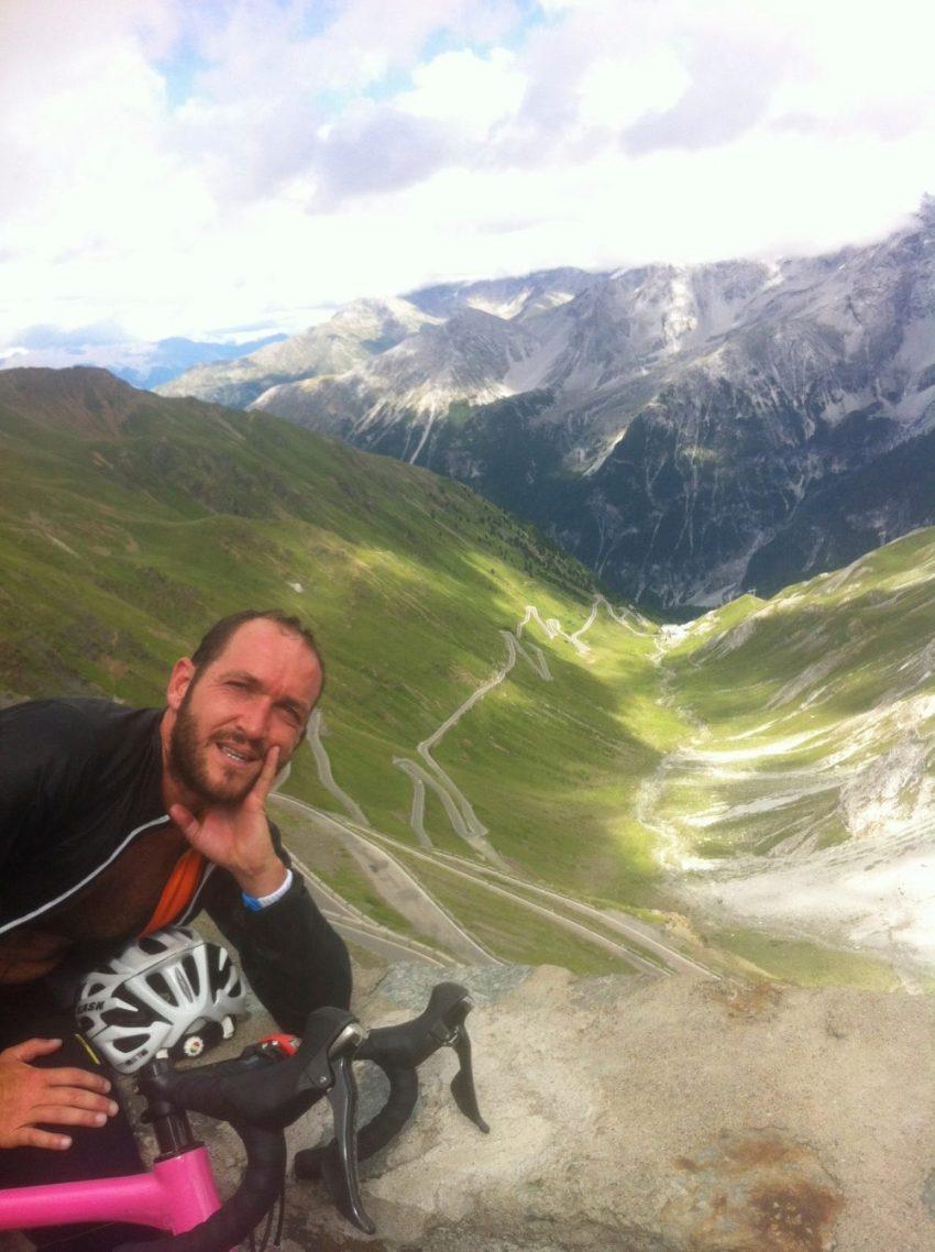 De Barcelona a Milán en bici con Óscar D'Aniello, el alma de Delafé - JoanSeguidor