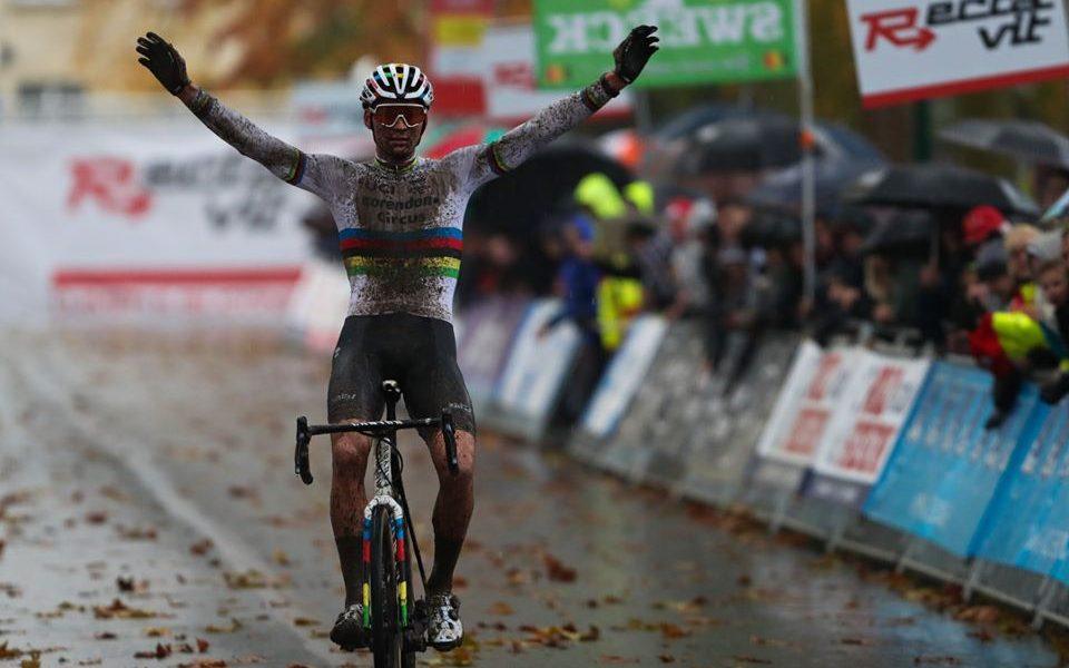 Mathieu Van der Poel ciclocross featured
