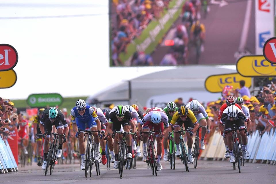 Llegada al sprint en el Tour de Francia