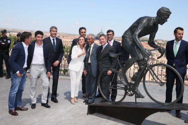 Bahamontes Estatua JoanSeguidor