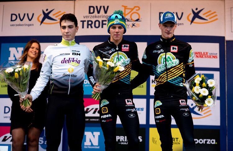 Gonzalo Inguanzo ciclocross podio joanSeguidor